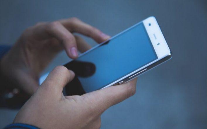Los mejores móviles por menos de 300 euros que puedes comprar