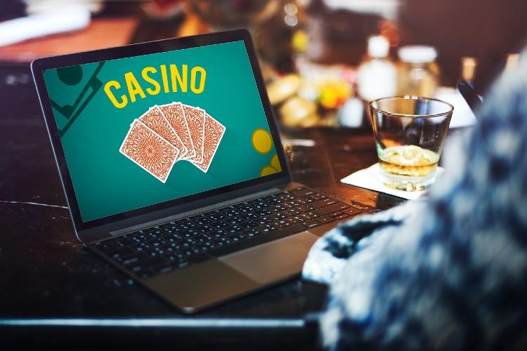 Los ingresos de la industria del casino online siguen en aumento