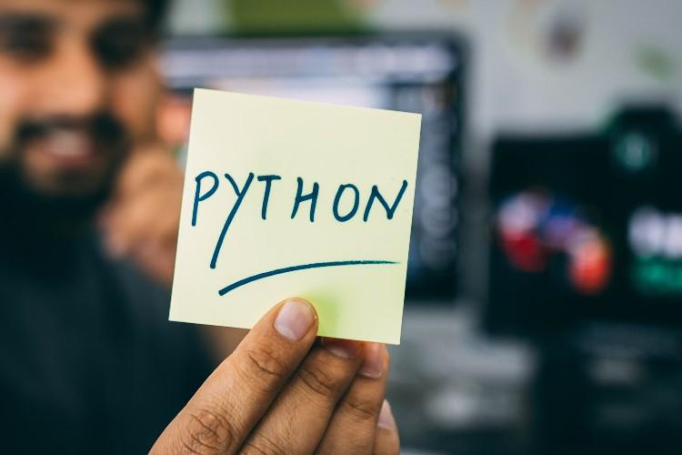 El lenguaje de programación Python en el bootcamp en data science